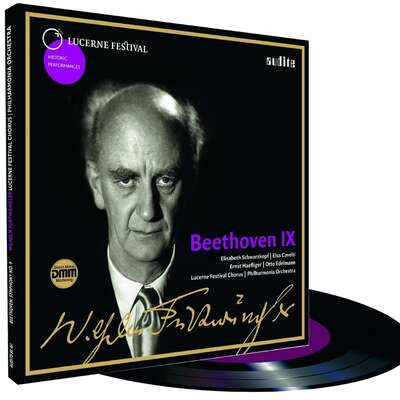 Wilhelm Furtwängler conducts Beethoven's Symphony No. 9 on LP